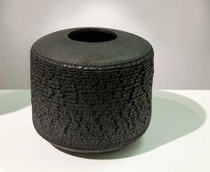 Black vase 22 x 22 cm Raku ceramic John Colbeck
