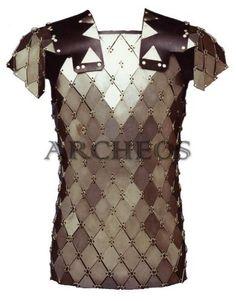 Imagen de http://www.armatureromane.com/products/images/2/cor11_lorica_squame_a_rombo.jpg.