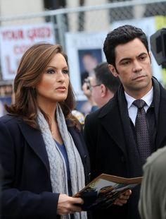 Mariska Hargitay and Danny Pino at event of Law & Order: Special Victims Unit