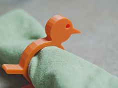There once was a time when companies produced animal napkin rings using a plastic called Bakelite. Those vintage napkin rings can go for a decent price these days in antique stores. But there's no reason you can't design and 3D print your own versions! :-) More info and pics: http://wp.me/p2hTaI-ho