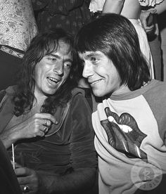 Iggy Pop and Alice Cooper by James Fortune, 1974