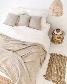 Home Interior Bedroom .Home Interior Bedroom Linen Bedroom, Bedroom Inspo, Home Bedroom, Bedroom Decor, Quirky Bedroom, Bedrooms, Master Bedroom, Minimalist Bedroom, New Room