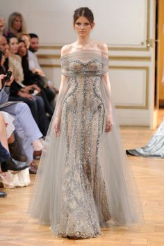 Zuhair Murad at Paris Haute Couture Fashion Week Haute Couture Gowns, Haute Couture Fashion, Couture Dresses, Fashion Dresses, Zuhair Murad, Inspiration Mode, Fantasy Dress, Couture Collection, Mode Style
