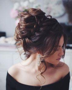 Messy wedding hair updos | itakeyou.co.uk #weddinghair #weddingupdo #weddinghairstyle #bridalhair #bridalupdo