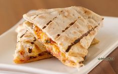 LP Quesadillas – From beginning cooks to master chefs, this effortless ensemble of flavors can be mastered in 15 minutes. Jalapeno slices can add just the right mix of mellow zing or heavenly wave of (Canned Chicken Quesadillas) Keto Chicken, Grilled Chicken, Chipotle Chicken, Cooked Chicken, Stuffed Chicken, Cheesy Chicken, Recipe Chicken, Bbq Chicken, Stuffed Peppers