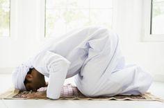 Tuntunan Sholat Lengkap - Panduan langakah demi langkah dalam doa dan bacaan sholat dari takbiratul ikhram hingga salam berdasarkan sunnah Nabi SAW...