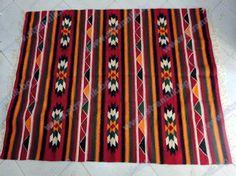 Носията- традиционното българско облекло            Символът и словото в дрехата   Да наричашс бод     Настоящото изследване се занимава ...