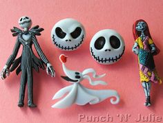 Nightmare Before Christmas Halloween Jack Sally Disney Dress It Up Craft Buttons Christmas Buttons, Christmas Clay, Nightmare Before Christmas Halloween, Halloween Jack, Polymer Clay Halloween, Biscuit, Jack And Sally, Clay Projects, Sewing Projects