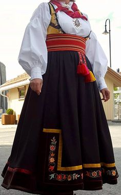 Folk Costume, Costumes, Summer Outfits Women, Traditional Outfits, Norway, Scandinavian, Ethnic, Bell Sleeve Top, Culture