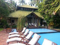 Relaxen am Pool. http://villaboreh.com/about-us/
