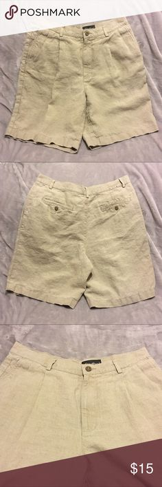"Eddie Bauer Lenin Shorts Eddie Bauer Shorts, 100% Lenin, Great Condition. Measurements: 34"" Waist Eddie Bauer Shorts Cargo"