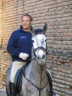 Jinete a caballo en las fiestas de San Antón, Canet d' en Berenguer.