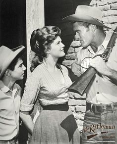 Johnny Crawford, Patricia Blair, Chuck Connors, Rifleman Season 5