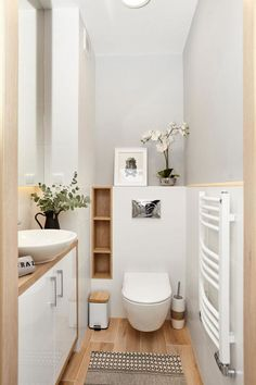 129 small master bathroom makeover ideas with clever storage page 32 Bad Inspiration, Bathroom Inspiration, Bathroom Design Small, Bathroom Interior Design, Design Your Home, House Design, Design Design, Block Design, Small Toilet Room