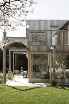 Paul Cashin Architects creates timber extension for coastal Island Cottage Architecture Durable, Architecture Résidentielle, Sustainable Architecture, Contemporary Architecture, Victorian Architecture, Architecture Portfolio, Futuristic Architecture, Contemporary Houses, Architecture Student