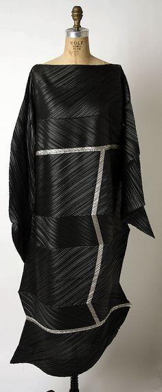 Evening dress | Issey Miyake (Japanese, born 1938) | Design House: Miyake Design Studio (Japanese) | Date: fall/winter 1994–95 | Culture: Japanese