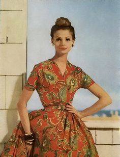 Great shirtdress in a flattering print-1959