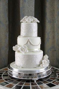 Katie's Wedding cake www.thecakerybristol.co.uk