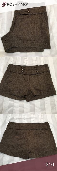 """Mustard Seed Tweed Shorts Mustard Seed Brown Tweed Shorts. Size large. Waist measures 17"""" across. Inseam 3"""". 6 buttons on front with 3 faux. One inside small button. Used but great condition. ❌No Trades❌Proceeds go towards feeding the homeless❌ Mustard Seed Shorts"""