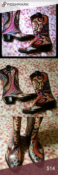 Cute rain boots Says size 6 but they run like a 7.5-8 Nature Breeze Shoes Winter & Rain Boots