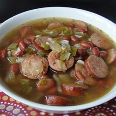 """Slow Cooker Red Beans and Rice Soup 