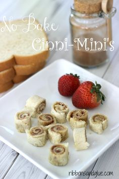 Super Easy No-Bake Cinni-Mini Rolls! Even the kids can make these with just bread, butte and cinnamon sugar.