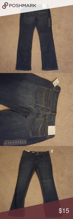 Sz. 8 plus Gap Kids straight leg jean These have an adjustable waist and are brand new with tags from Gap. I somehow mistakenly ordered an eight plus instead of an eight and missed the return deadline.  From a smoke free home. Gap Bottoms Jeans