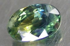 BEAUTIFUL-COLOR-GEM-BI-COLOR-SAPPHIRE-OVAL-6x4-MM-0-69-CARAT-FROM-AUSTRLIA