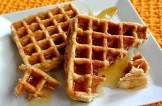 Apple Waffles ~ https://veganinthefreezer.com