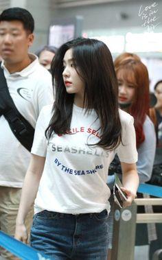 Seulgi, Korean Girl, Asian Girl, Irene Red Velvet, Petty Girl, Red Velvet Photoshoot, Red Velet, Rapper, Velvet Fashion
