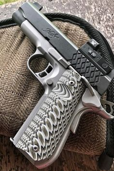 Looking for inspiration on your next daily carry pistol or wanting to add a new gun to the collection? Check out these awesome kimber pistol ideas! Weapons Guns, Guns And Ammo, Kimber 1911, Best Handguns, Pocket Pistol, Shooting Guns, Custom Guns, Tactical Gear, Airsoft Gear