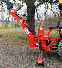 Built in pump design allows backhoe to operate with tractor at an idle. Compact Tractor Attachments, Sub Compact Tractors, Tractor Accessories, Bobcat Skid Steer, Tractor Loader, Tractor Implements, Ford Tractors, Garage Tools, Car Painting