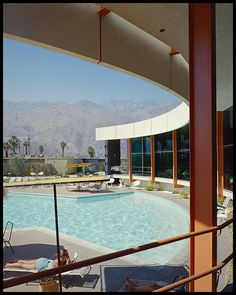 Ocotillo Lodge, Palm Springs, designed by Palmer & Krisel. Photo: Julius Shulman