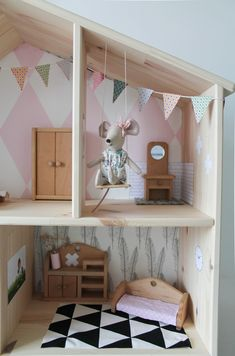 I want this enchanting dollhouse tutorials Ikea Dollhouse, Wooden Dollhouse, Dollhouse Furniture, Kids Doll House, Doll House Plans, Diy Toy Storage, Fantasy Bedroom, Baby Kind, Diy Toys