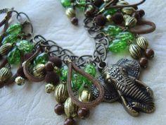 Collar elefante verde
