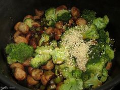 Brokolica so sampinonmi a porom Sprouts, Vegetables, Food, Meal, Eten, Vegetable Recipes, Brussels Sprouts, Meals, Veggies