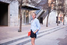 Sunday in downtown Austin | Casual dressy in a linen shirt, faux leather shorts, stilettos, and envelope clutch
