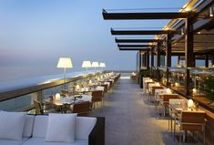 Design Bar Restaurant, Deco Restaurant, Rooftop Restaurant, Fairmont Monte Carlo, Fairmont Hotel, Cafe Design, House Design, Rooftop Design, Modern Restaurant