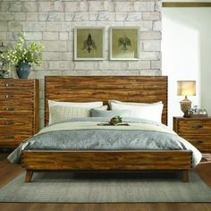 Homelegance Sorrel Platform Bed in Heavily Burnished Queen - Beds Rustic Platform Bed, Queen Platform Bed, Camas Murphy, Contemporary Bedroom Sets, Rustic Bedding, Modern Bedding, Stylish Beds, Wood Beds, Queen Beds