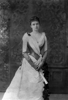Eleanor Roosevelt's mother, Anna Hall Roosevelt, the 'perfect' woman of the Gilded Age. Anna was married to the brother of President Theadore Roosevelt.