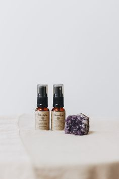 Organic essential oils handcrafted by Hanako to enhance your energy and lift your mood. Essential Oils Wholesale, Essential Oils Online, Organic Essential Oils, Essential Oil Perfume, Perfume Bottles
