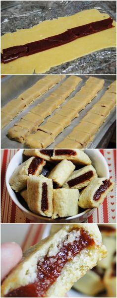 COMO FAZER GOIABINHAS EM CASA, FICAM DELICIOSAS! AMO ESSA RECEITINHA! EXPERIMENTE E SE APAIXONE TAMBÉM! (veja a receita passo a passo) #goiabinha #boiabinhacaseira Baking Recipes, Cookie Recipes, Dessert Recipes, Love Eat, Macaron, Biscuits, Cookies, Sweet Recipes, Delicious Desserts