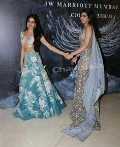 Two beautiful sis - Jhanvi and Khushi kapoor- Zween -Manish malhoy Indian Gowns, Indian Attire, Indian Wear, Bollywood Dress, Bollywood Fashion, Bollywood Style, Indian Wedding Outfits, Indian Outfits, Sonam Kapoor Wedding
