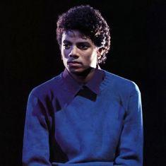 Michael Jackson Outfits, I Miss U, Jackson 5, American Singers, Thriller, Pop, Music Videos, Celebrities, Picsart