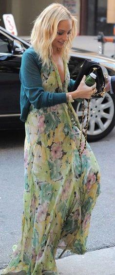 Nicole Richie=gorgeous chiffon maxi