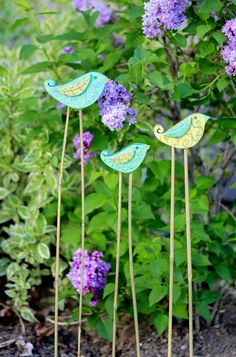 Tutorial on this cute little 'bird stakes' for your garden!