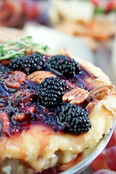 You will fall in love with this effortless baked Brie recipe, guaranteed! This easy-to-make and irresistible appetizer pairs delicious, buttery, melted brie cheese with the tangy sweetness of blackberries for a perfect addition to any occasion. #appetizer #cateringappetizer #bakedbrierecipe #events #alabama Baked Brie Recipes, Thyme Recipes, Baking Recipes, Easy Recipes, Brie Appetizer, Great Appetizers, Wine And Cheese Party, Yummy Eats, Catering