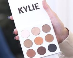 Kylie Jenner Created Her Own Eye-Shadow Palette, and It's Full of Bronze Colors  | allure.com