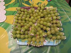 Worm grapes