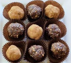 Fudge Brownie Bites. Sweet treat with NO ADDED SUGARS!! Perfect grab-n-go snack.